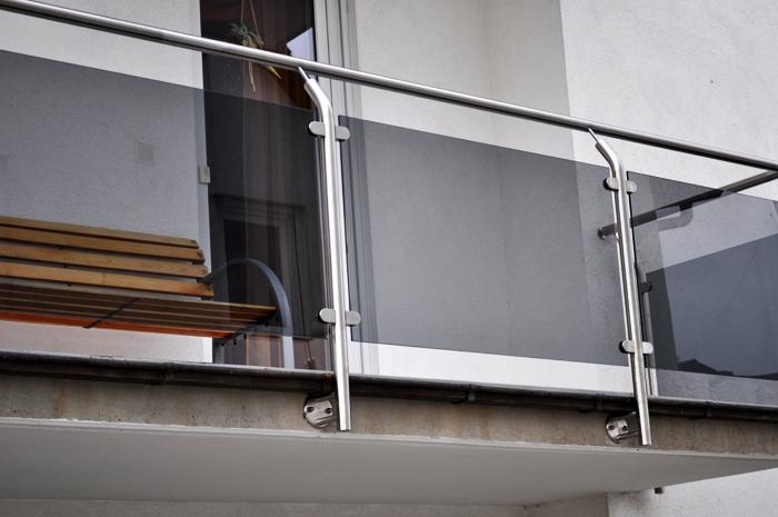 Balkonverkleidung Aus Saniertem Glas Ak Design